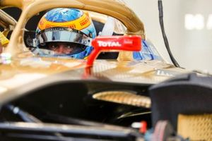 Jean-Eric Vergne (FRA), DS Techeetah, DS E-Tense FE20 wears a tribute helmet to Fabien Pauchet