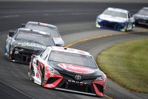 Christopher Bell, Leavine Family Racing, Toyota Camry Rheem, Ryan Preece, JTG Daugherty Racing, Chevrolet Camaro P&G