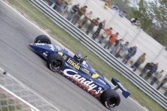 Michele Alboreto, Tyrrell 011-Ford Cosworth