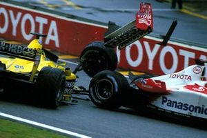 Ralph Firman, Jordan Ford EJ13 collided with the Toyota TF103 of Olivier Panis