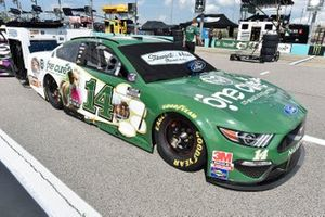 Clint Bowyer, Stewart-Haas Racing, One Cure Ford Mustang