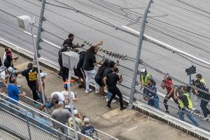Darrell Wallace Jr., Richard Petty Motorsports with fans