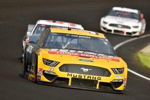 Clint Bowyer, Stewart-Haas Racing, Ford Mustang Rush Truck Centers/Cummins