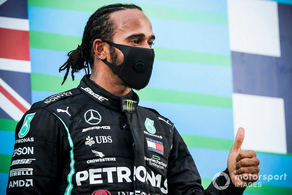 Il vincitore della gara: Lewis Hamilton, Mercedes