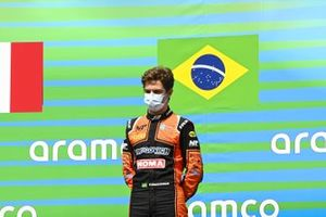 Race Winner Felipe Drugovich, MP Motorsport on the podium