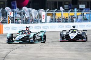 Mitch Evans, Panasonic Jaguar Racing, Jaguar I-Type 3, alongside Oliver Rowland, Nissan e.Dams, Nissan IMO1
