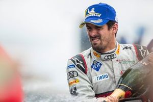 Lucas Di Grassi, Audi Sport ABT Schaeffler, vainqueur, sur le podium