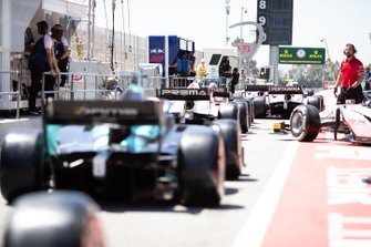 Cars Line Up