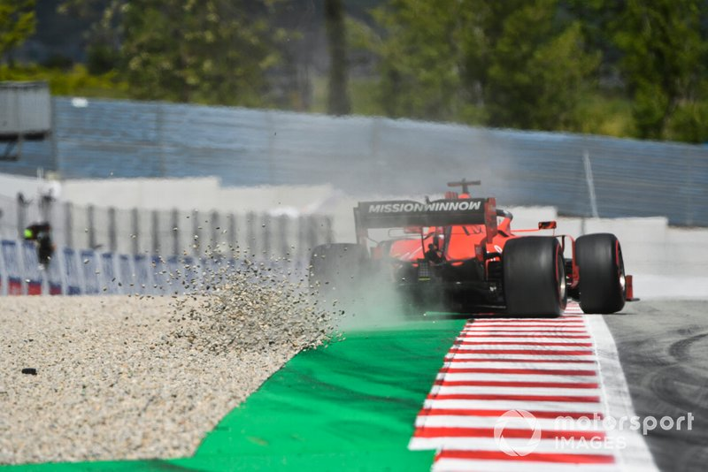 Sebastian Vettel, Ferrari SF90, touches the gravel