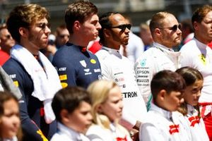 Pierre Gasly, Red Bull Racing, Max Verstappen, Red Bull Racing, Lewis Hamilton, Mercedes AMG F1, and Valtteri Bottas, Mercedes AMG F1