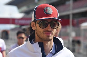 Antonio Giovinazzi, Alfa Romeo Racing in the pit lane