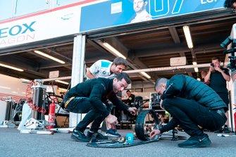 Sébastien Buemi, Nissan e.Dams, Jose Maria Lopez, Dragon Racing, Antonio Felix da Costa, BMW I Andretti Motorsports play Mario kart