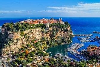 De iconische kustlijn van Monaco