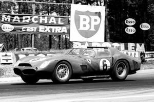Phil Hill, Olivier Gendebien, Ferrari 330 TRI/LM