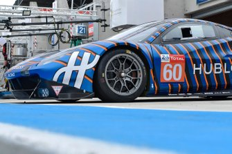 Автомобиль Ferrari 488 GTE (№60) команды Kessel Racing