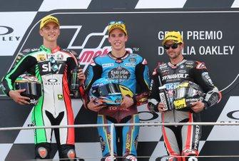 Podium : le vainqueur Alex Marquez, Marc VDS Racing, le deuxième Luca Marini, Sky Racing Team VR46, VD Straten, le troisième Thomas Luthi, Intact GP