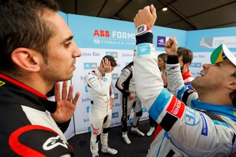 Sébastien Buemi, Nissan e.Dams, Felipe Massa, Venturi Formula E, en discussions après la Super Pole