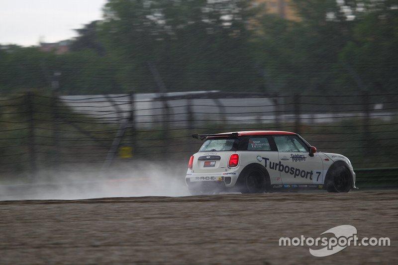 #7 Ivan Tramontozzi, Maurizio Losi, Turbosport & Autoclub by AC racing technology