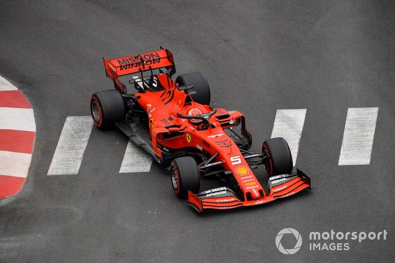 Sebastian Vettel em ação na pista de Mônaco