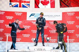 Podium: race winner Nicholas Latifi, Dams, second place Jack Aitken, Campos Racing, third place Guanyu Zhou, Uni Virtuosi Racing
