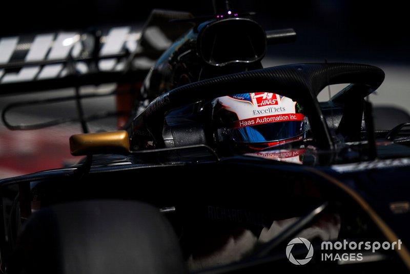 Romain Grosjean a 150. nagydíján szerepelhetett az F1-ben, de Kanada sem hozott neki szerencsét. A Haas francia versenyzője az örökranglista 39. helyén áll. A jelenlegi mezőnyből Ricciardo (157), Pérez (162), Hülkenberg (163), Vettel (226), Hamilton (236) és Räikkönen (299) van előtte.
