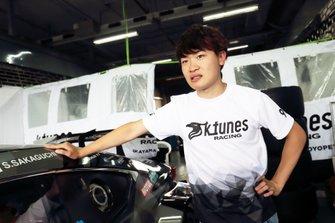 阪口晴南(#96 K-tunes RC F GT3)
