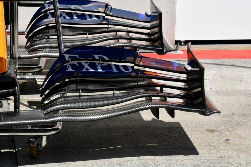 McLaren MCL34: Frontflügel