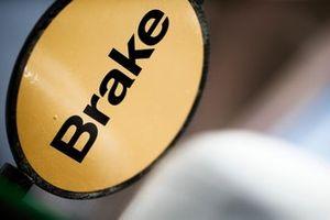 Un panneau Haas F1 Brake