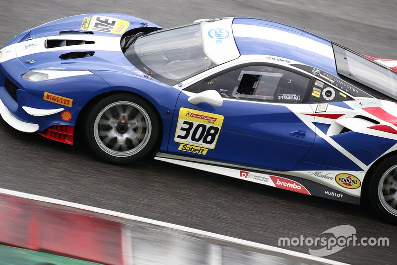 #308 Ferrari 488 Challenge, Wide World Ferrari: Mark Davies