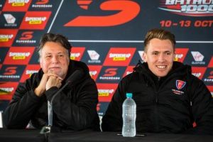 Michael Andretti und Ryan Walkinshaw