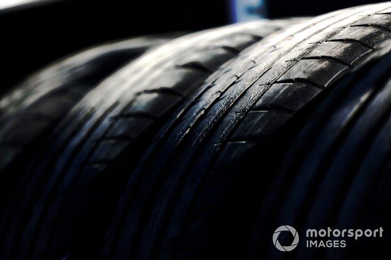 Detalle de los neumáticos de la Fórmula E