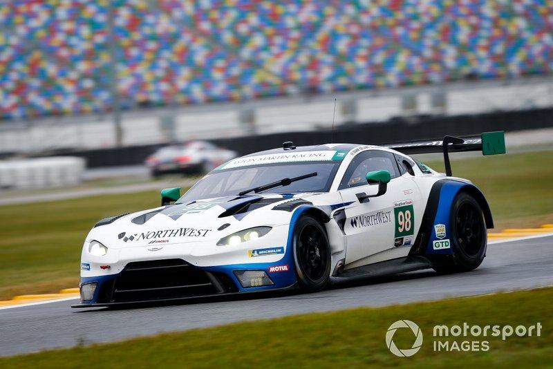 #98 ASTON MARTIN RACING Aston Martin Vantage GT3, GTD: Paul Dalla Lana, Pedro Lamy, Ross Gunn, Mathias Lauda