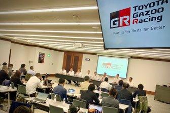 Ott Tänak, Toyota Gazoo Racing, Kris Meeke, Toyota Gazoo Racing, Jari-Matti Latvala, Toyota Gazoo Racing
