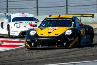 #57 Team Project 1 Porsche 911 RSR: Ben Keating, Larry ten Voorde, Jeroen Bleekemolen