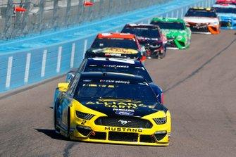 Brad Keselowski, Team Penske, Ford Mustang Alliance Parts, Alex Bowman, Hendrick Motorsports, Chevrolet Camaro Axalta
