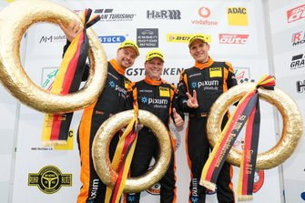 #444 Porsche Cayman: Oskar Sandberg, Norbert Fischer, Daniel Zils