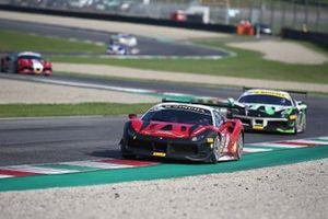 #172 Ferrari 488 Challenge, Rossocorsa - Pellin Racing: Giuseppe Ramelli
