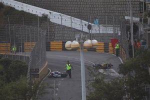 Abbruch: Rote Flagge nach Crash beim Motorrad-Grand-Prix 2019 von Macau