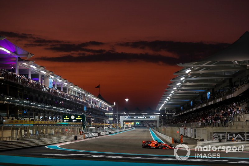 Abu Dhabi 2019: Vettel cierra su quinta temporada con Ferrari en quinto lugar, la misma posición que ocuparía al final del mundial, superado por Charles Leclerc.