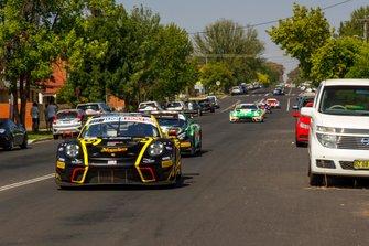 #1 Earl Bamber Motorsport Porsche GT3 R: Earl Bamber, Laurens Vanthoor, Craig Lowndes