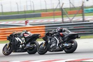 Кэл Кратчлоу, LCR Honda Castrol, и Брэдли Смит, Aprilia Racing Team Gresini