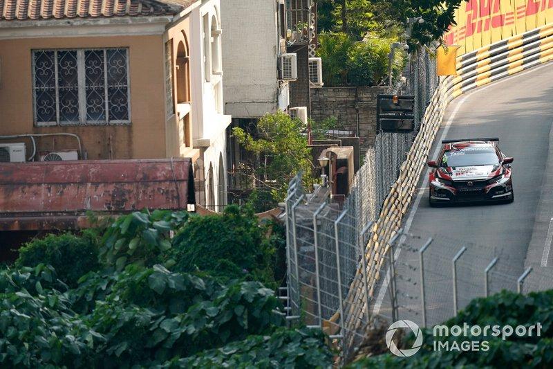 Attila Tassi, KCMG Honda Civic Type R TCR