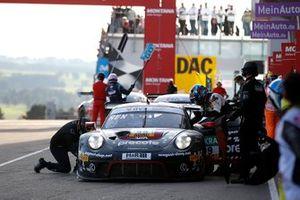 #99 Precote Herberth Motorsport Porsche 911 GT3 R: Robert Renauer, Sven Müller