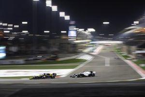 Esteban Ocon, Renault F1 Team R.S.20, George Russell, Williams FW43