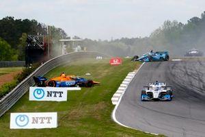 Felix Rosenqvist, Arrow McLaren SP Chevrolet, crash