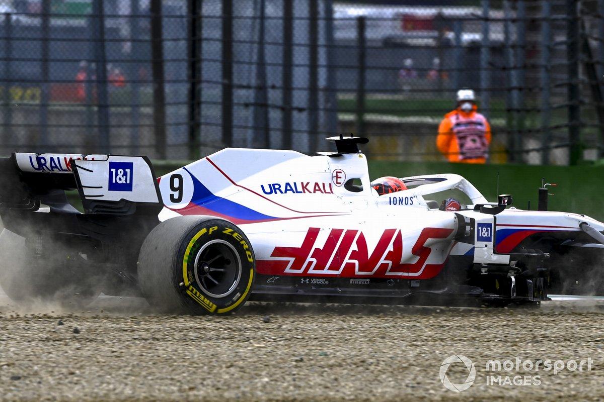 Nikita Mazepin, Haas VF-21, fuori pista