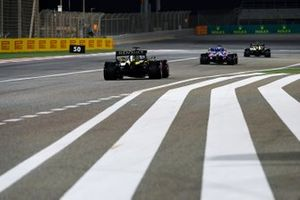 Esteban Ocon, Renault F1 Team R.S.20, Sergio Perez, Racing Point RP20, and Daniel Ricciardo, Renault F1 Team R.S.20