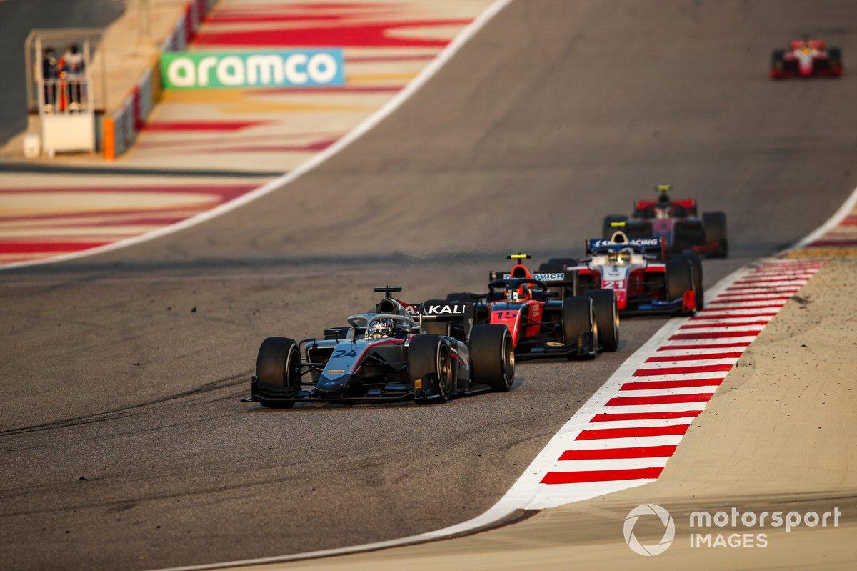 Nikita Mazepin, Hitech Grand Prix precede Felipe Drugovich, MP Motorsport e Robert Shwartzman, Prema Racing