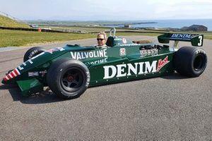 Ken Tyrrell con la sua Tyrrell 011/6
