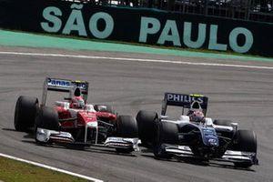 Kazuki Nakajima, Williams FW31 Toyota, battles with Kamui Kobayashi, Toyota TF109